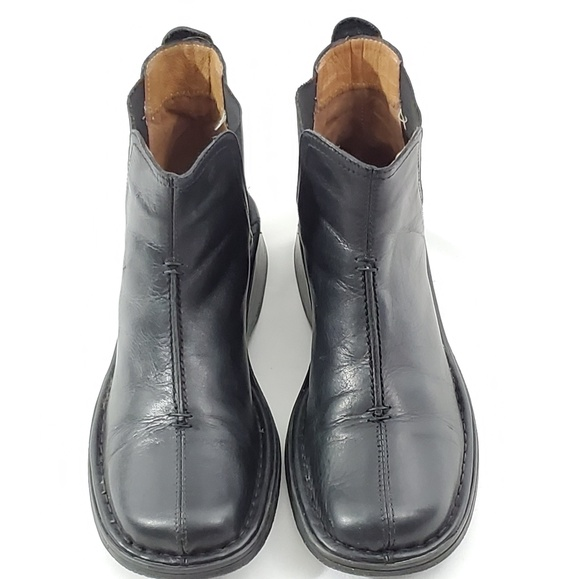 Bass Shoes - Bass Womens Black Leather SlipOn Ankle Boots 6.5M